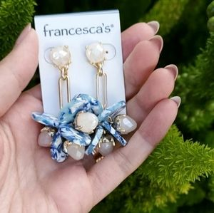Francesca's Dangling earrings
